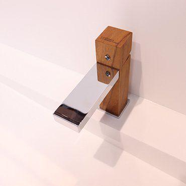 nowoczesne-baterie-drewniane-do-lazienki