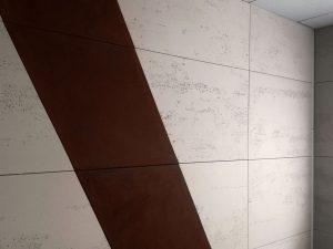 corten-i-beton-na-scianie