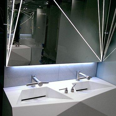 MULTI-POSITION WASH BASINS IN PUBLIC BATHROOMS